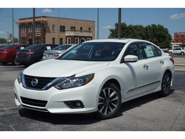 altima ultima in for cars d sale click estates nissan hoffman