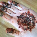 How to Care for a Henna Design