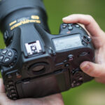 How to Use the Autofocus Options on the Nikon D3400 DSLR Camera?