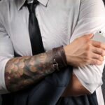 Know the Pros and Cons of Studio Tattoo Designers Vs Online Tattoo Designers?