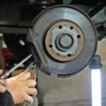 Should brake pads and discs be replaced at the same time