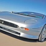 The Jaguar XJ220 Sports Car- Sports Car Review